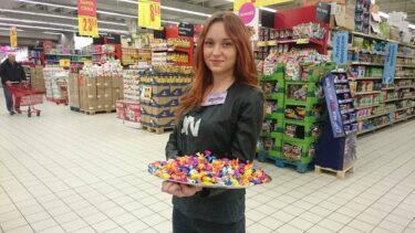 hostessy na degustacji cukierków 5