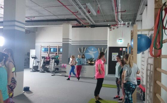 plan zdjęciowy fitness z udziałem statystów