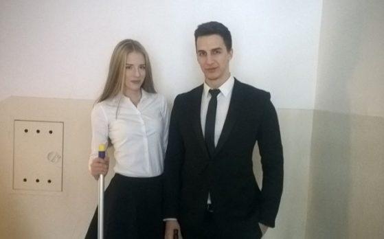 hostessa i host na otwarciu nowego biura