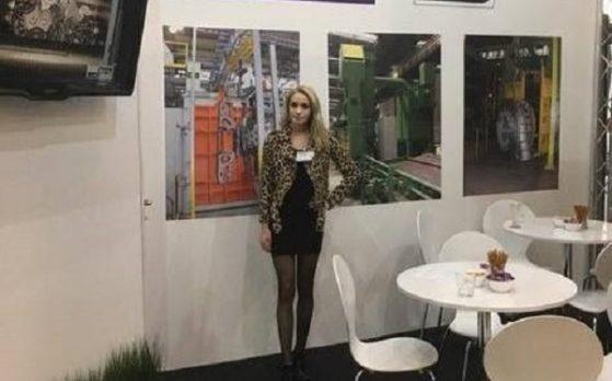 hostessa na targach Stom-Tool w Kielcach