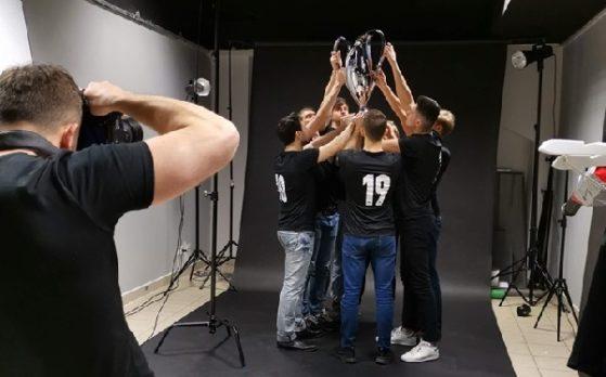 modele na sesji zdjęciowej