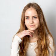 Zuzanna P. - agencja statystów